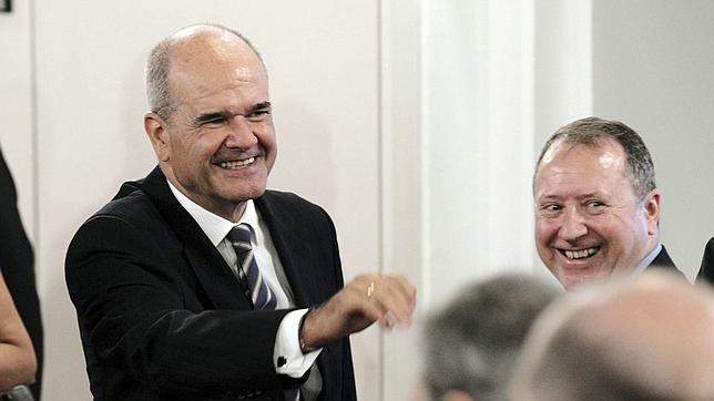 El expresidente de la Junta, Manuel Chaves, considera que si Susana Díaz se marcha a Ferraz «sería bueno para España y para Andalucía»