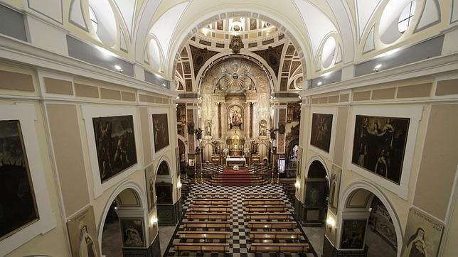 La iglesia del Santo Ángel, del siglo XVII, situada en la calle Rioja