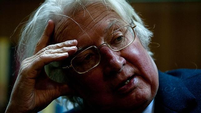 El historiador Hugh Thomas gana el premio Joaquín Romero Murube