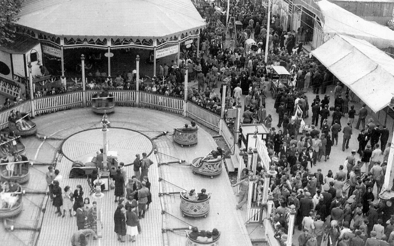 La atracción del Látigo en 1942