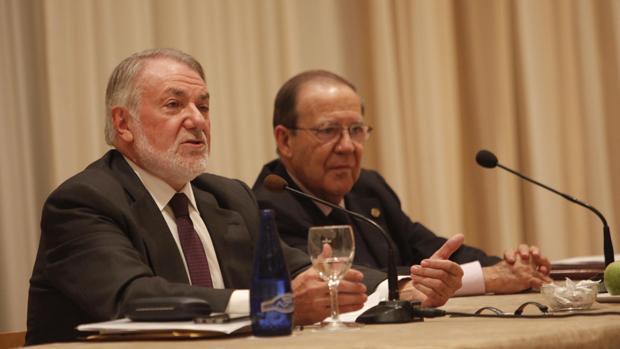 Jaime Mayor Oreja, durante su conferencia en Córdoba