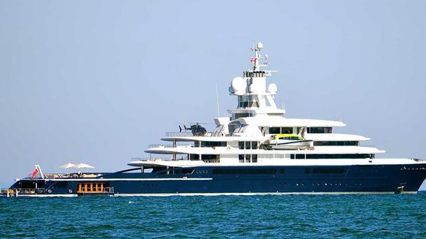 El yate Luna, el ex 'juguete preferido' del multimillonario Roman Abramovich