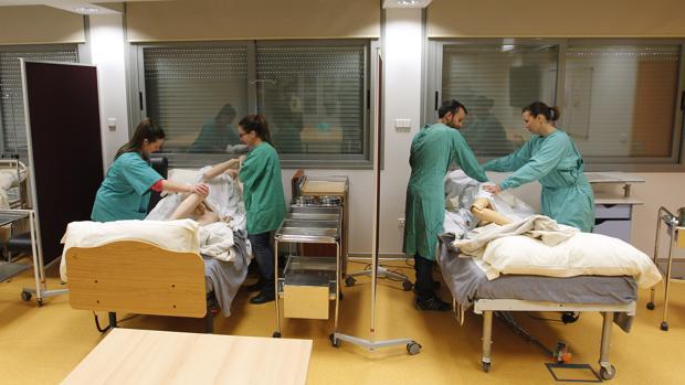 Prácticas de estudiantes de grado medio de Técnico en Cuidados de Enfermería