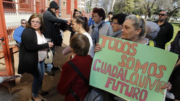 La presidenta de Guadalquivir Futuro, en marzo de 2017, a la puerta de los juzgados