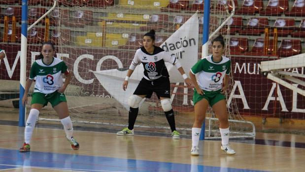 Las jugadoras del Deportivo Córdoba de futsal, en un partido en Vista Alegre