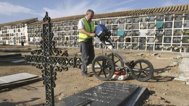 Labores de búsqueda del diputado malagueño Luis Dorado en 2008