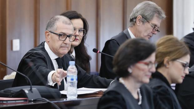 El abogado Miguel Delgado durante su turno de exposición en el juicio del caso ERE