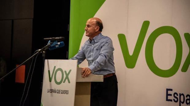 Julioo Vao, expresidente de Vox en Granda, liderará Granada Liberal Española.
