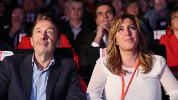 La expresidenta de la Junta de Andalucía ha lamentado la muerte de Rubalcaba a través de sus redes sociales