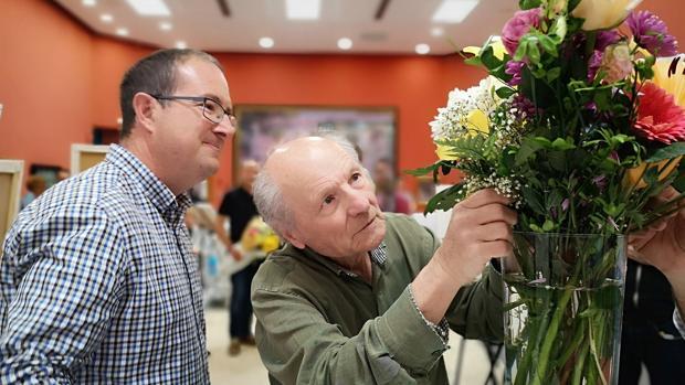 Andrés García-Ibáñez y Antonio López ultimando detalles en el curso de Figuración y Realismo.