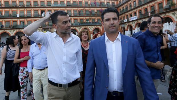 Antonio Maíllo junto a Pedro García en un acto electoral de IU