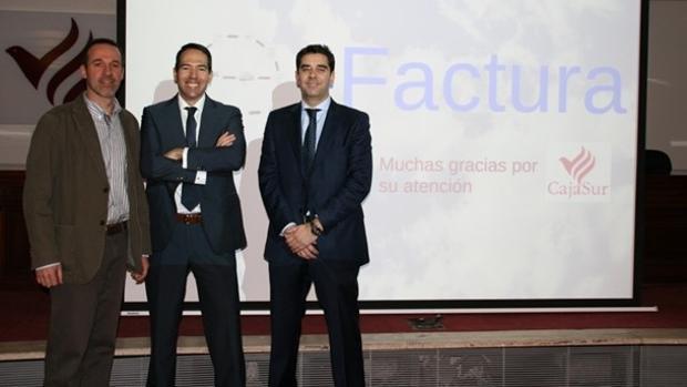 Díaz-Castellanos (último de izquierda a derecha), en su etapa como coordinador general de Hacienda