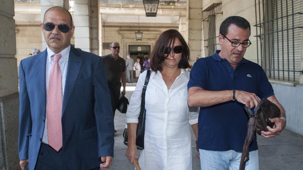 María José Rofa, tras declarar en el juzgado en julio de 2014