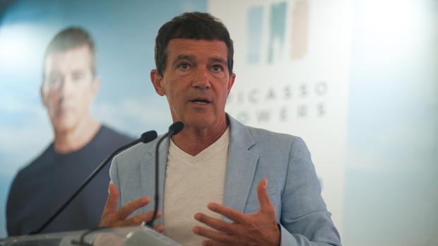 Antonio Banderas en la presentación de la urbanización de lujo «Picasso Towers» en Málaga capital