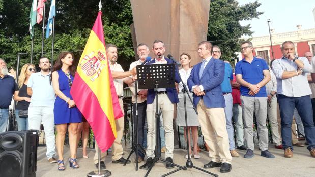 Lectura del manifiesto en apoyo a Borja en el municipio malagueño de Fuengirola