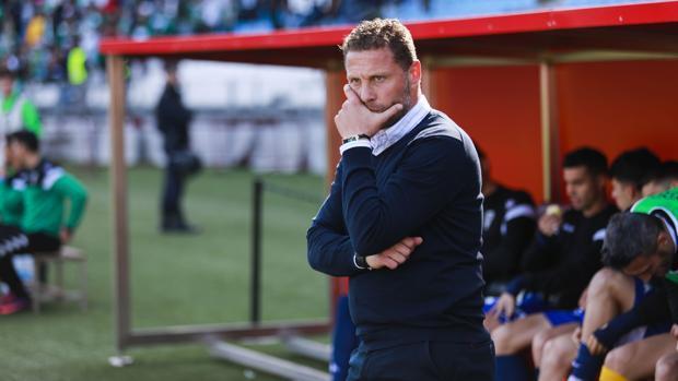 Curro Torres, en su etapa como entrenador del Córdoba CF