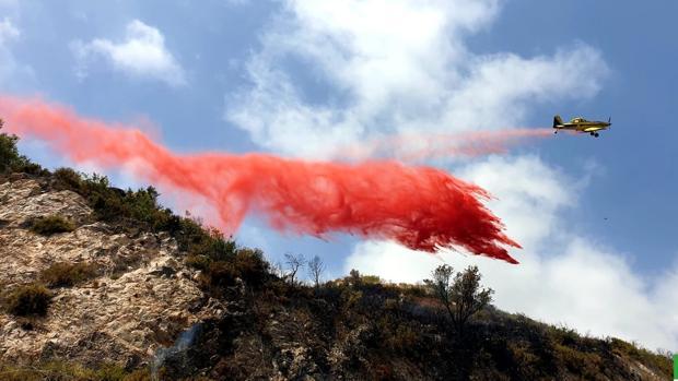 Controlados los incendios forestales en las localidades malagueñas de Ojén y Benalmádena