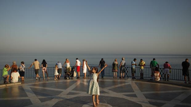 Desde el Balcón de Europa hasta la plaza del Obradoiro para luchar contra el cáncer