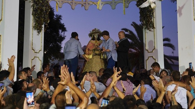 La Virgen del Rocío a su llegada de Pastora