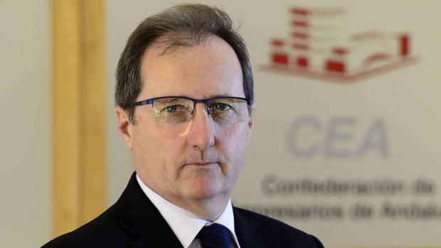 El secretario general de la CEA