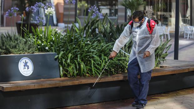 Las normas de la fase 2 de la desescalada en Andalucía: ¿qué se puede hacer y cuándo?