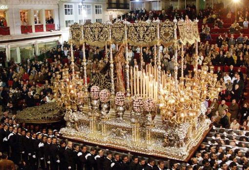 Virgen de los Dolores Coronada