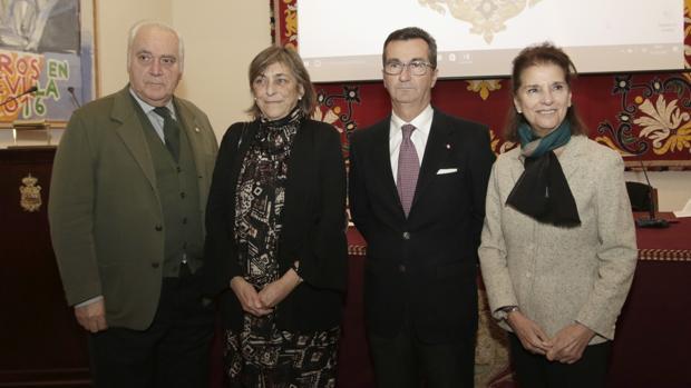 Juan Miguel González, María del Valle Gómez de Terreros, Marcelo Maestre e Isabel de León