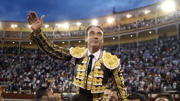 Enrique Ponce, el pasado San Isidro, a hombros en Las Ventas