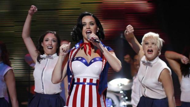 Katy Perry durante un concierto en 2013