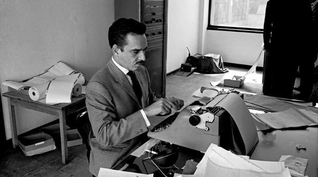 Un joven García Márquez en la redacción de «Prensa Latina» (Bogotá, 1959)