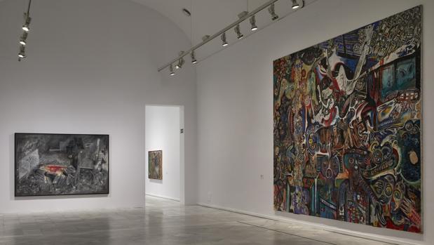 A la izquierda, «La cuestión», de Matta. A la derecha, «Gran cuadro antifascista colectivo», creado por Lebel, Erró, Dova, Baj, Crippa y Recalcati