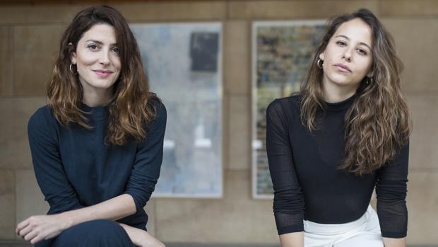 Las actrices Bárbara Lennie e Irene Escolar estrenan en Sevilla la obra teatral «Hermanas»