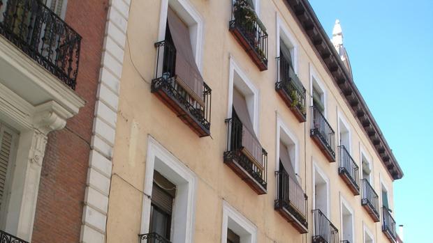 Edificio en cuya segunda planta vivía la familia Espín y que era frecuentado por Bécquer