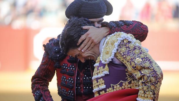 Pablo Aguado tras su triunfo en Sevilla el 10 de mayo