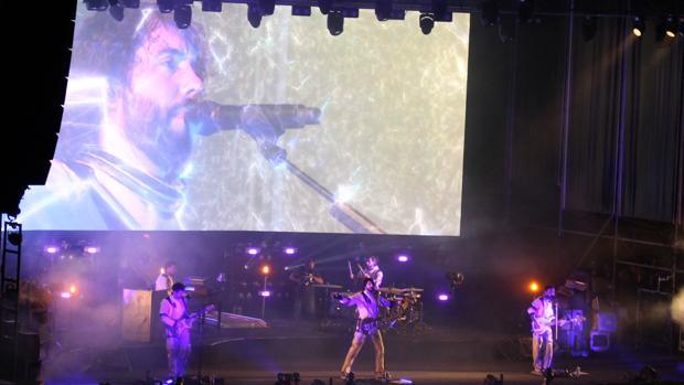 Izal ofreció un magnífico concierto en su regreso a Sevilla tras tres años de ausencia