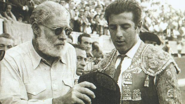 Ernest Heminwgway y Antonio Ordóñez