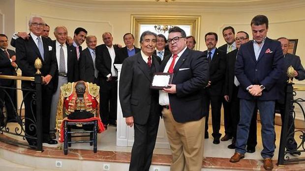 Homenaje del club taurino José Fuentes celebrado en 2015 con motivo del 50 aniversario de su alternativa