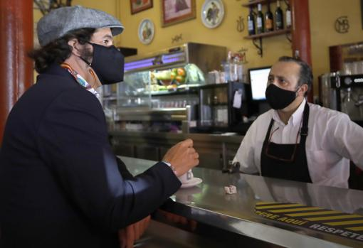 Una foto de Morante cada día - Página 15 Manolo-bar-taquilla-kdrH--510x349@abc