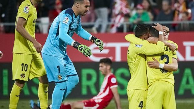 Los jugadores del Villarreal celebran su victoria ante el Girona