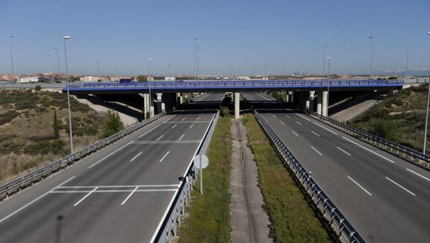 Vista de la R-2, la autopista de peaje que discurre a lo largo de 62 kilómetros entre la M40 y Guadalajara