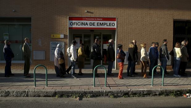 Desde CEOE, sin embargo, se oponen a incrementar el coste del despido de los trabajadores temporales