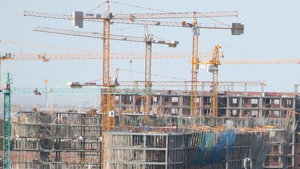 Bloques de pisos en construcción