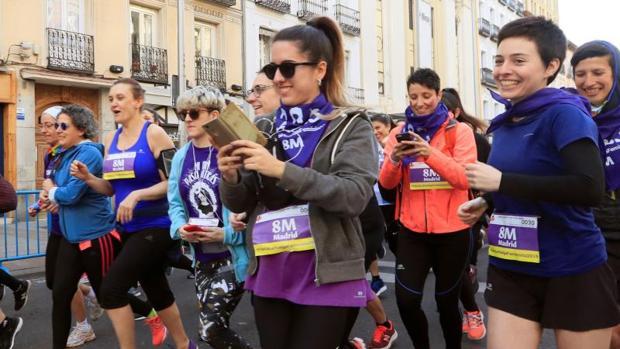 I Carrera Feminista, convocada por la comisión 8M de Madrid