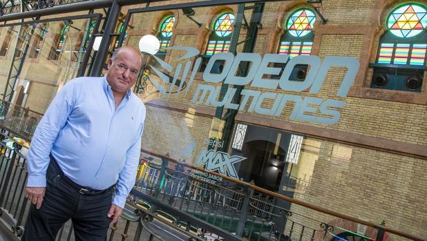 Luis C. Millán, en el multicines del centro comercial Plaza de Armas, que abrirá el viernes 21 de junio
