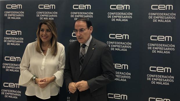 Susana Díaz y Javier González de Lara antes del encuentro con empresario en Málaga