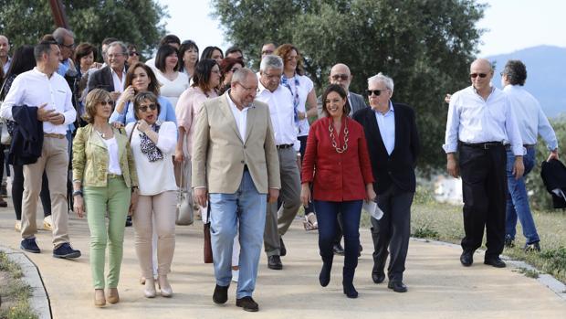 Isabel Ambrosio junto al resto de la candidatura del PSOE