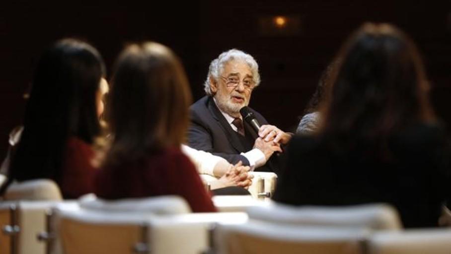 Valencia se desmarca de Plácido Domingo pero mantiene su actuación en Les Arts