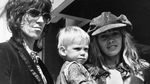 Pallenberg junto a Keith Richards y su hijo Marlon