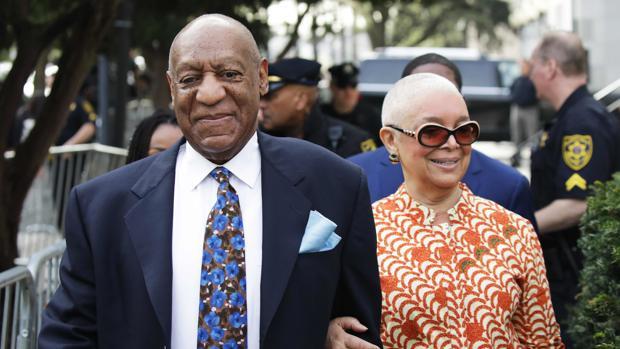 Bill Cosby junto a su mujer, Camille
