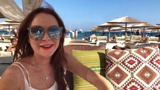 Lindsay Lohan en Miconos (Grecia)